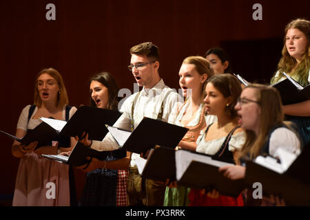 Beijing, China  19th Oct, 2018  Choir members from Poland's