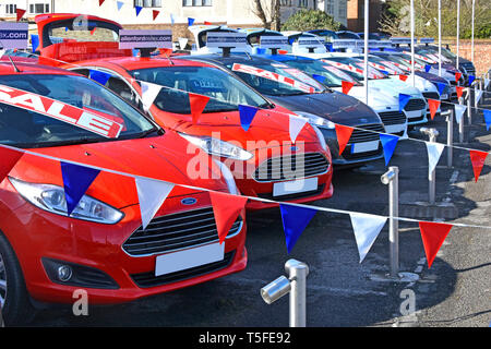Red White And Blue Auto Sales >> Red And White Cars Stock Photo 88660981 Alamy