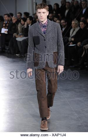 4b4c26877 Junya Watanabe Paris Ready to Wear Autumn Winter Black roll neck top ...